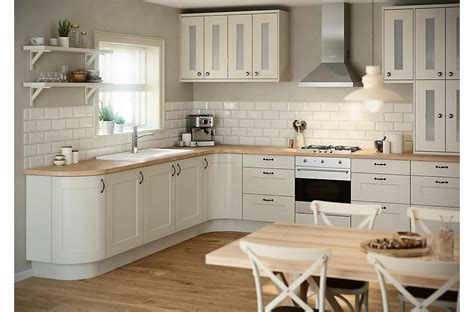 clearance kitchen cabinets or units
