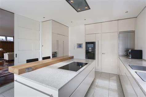 wohnzimmer 4m k 252 che in hochglanz weiss k 252 che kitchen