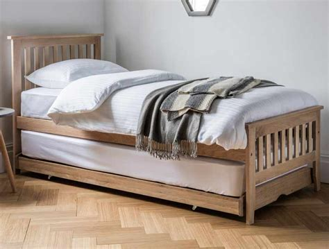 dreamworks banbury solid oak guest bed buy at