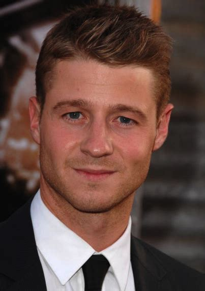 mc haircuts austin ben mckenzie to star as james gordon in fox s batman