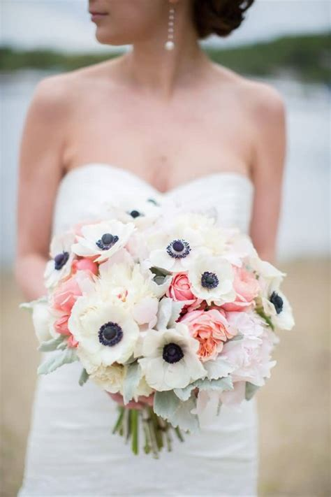 anemone bouquet 40 adorable anemone flower images beautiful anemone