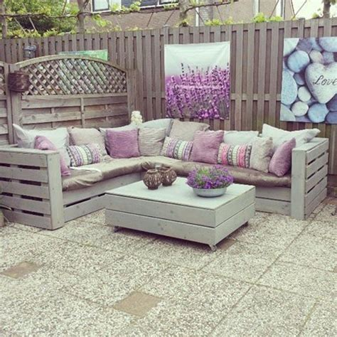 pinterest pallet couch diy pallet couch and table home pinterest