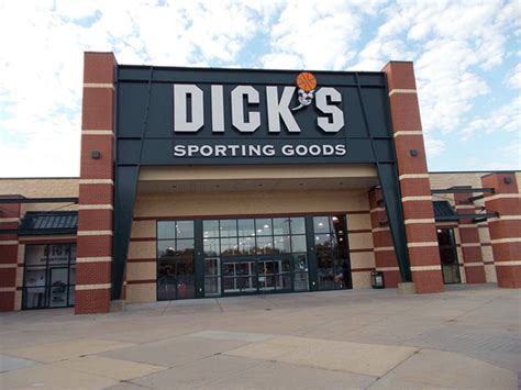 s sporting goods store in wichita ks 133