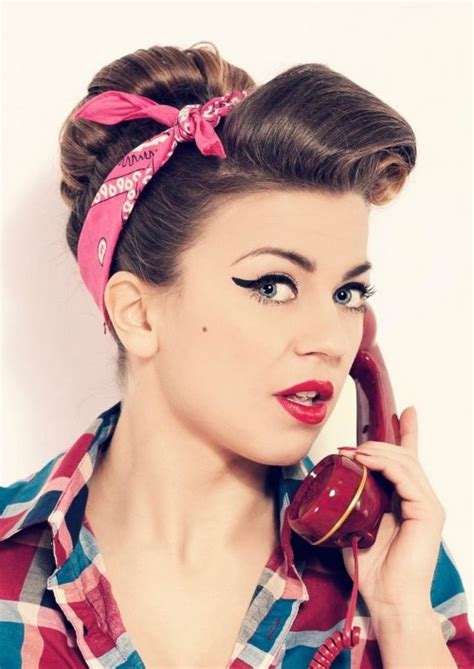 Pin Up Hairstyles With Bandana by 25 Best Ideas About Pin Up Bandana On Grease