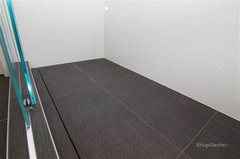 linear shower drain c 233 ramiques hugo inc