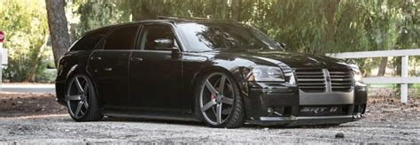 is a dodge magnum a car 5 reasons enthusiasts the dodge magnum