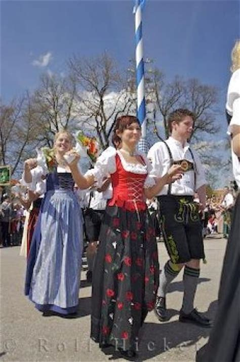 german traditional festivals traditional festivals germany photo information