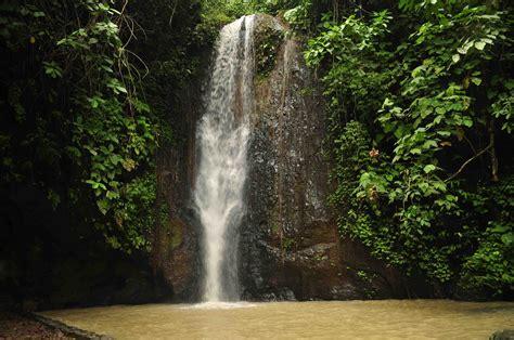 Air Terjun Batu Putu Salah Satu Wisata Menarik di Lampung