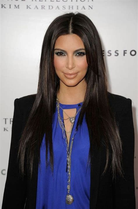 how to part hair in the middle to plait hair middle part straight hair beauty pinterest kim