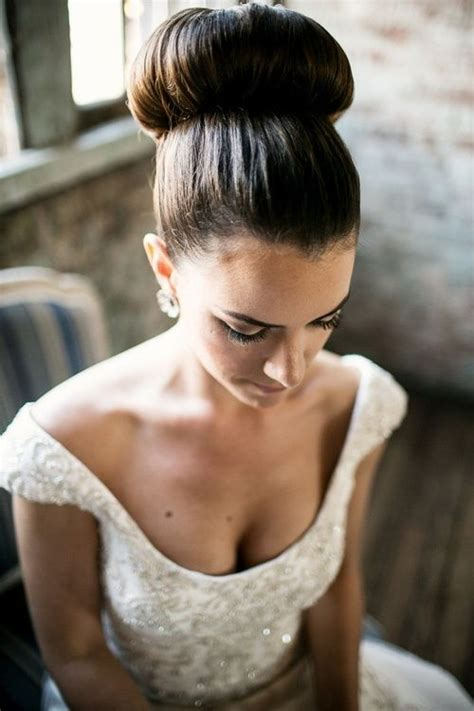 Wedding Hairstyles Big Bun by 12 Wedding Hairstyles For Beautiful Hair