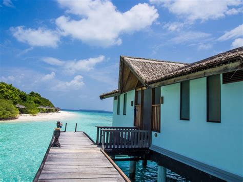 planning a trip to the maldives on a budget - Cheap Overwater Bungalows Maldives