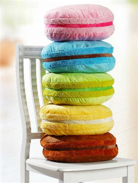 cuscini particolari cuscini particolari a forma di cibo 30 idee originali per