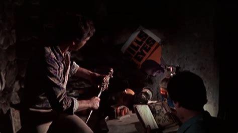 film evil dead cerita tanz der teufel kritik film 1981 moviebreak de