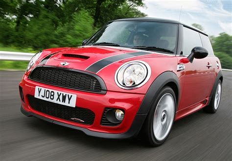 Mini Recalling My 07 08 Cooper S For Protruding Tailpipes Mini Cooper Recall Warning As 235k Cars Recalled