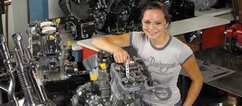 Ktm Mechanic School We Re Hiring Motorcycle Mechanics Dublin