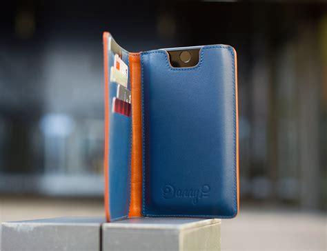 leather iphone  wallet case  danny p gadget flow