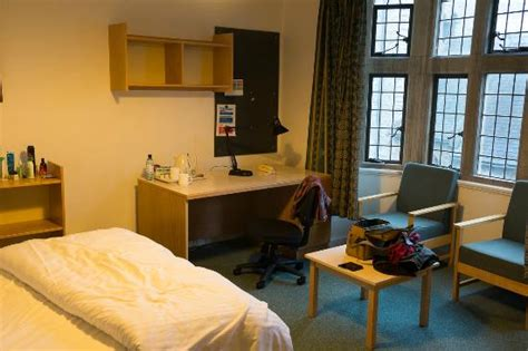 rooms oxford bedroom staircase xix room 5 picture of jesus college oxford oxford tripadvisor