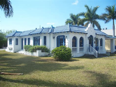 Earth Homes file homestead fl lindeman johnson house01 jpg wikimedia