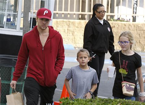 ryan phillippe child ryan phillippe and the kids out on the town mini reese
