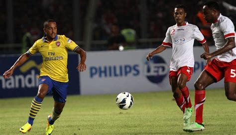 arsenal news indonesia arsenal beats indonesia 7 0 sport tempo co