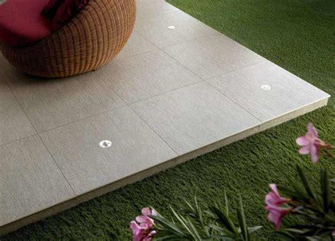 keramikplatten terrasse kaufen terrassenplatten terassenplatten steinplatten terrassenbau