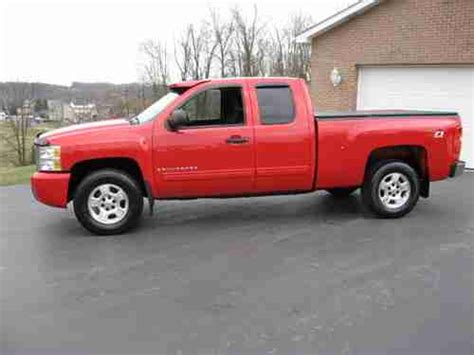 auto air conditioning service 2009 chevrolet silverado 1500 interior lighting sell used 2009 chevrolet silverado 1500 lt extended cab pickup 4 door 5 3l in crabtree