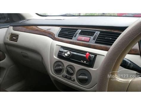 Shockbreaker Mobil Mitsubishi Lancer jual mobil mitsubishi lancer 2005 1 8 glxi 1 8 di jawa