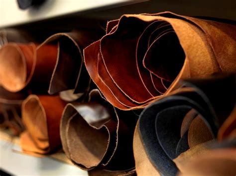 Leather Pelts Garment Factories Specializing In Leather Fashion Design