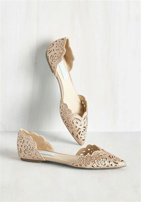 Gold Flat Shoes For Wedding by 17 Best Ideas About Flat Bridal Shoes On