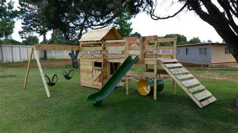 backyard jungle gym plans diy reclaimed pallet jungle gym pallet playhouse 99