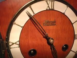 Hermle Schwebeanker by Hermle Schwebeanker Deco Style German Mantle Clock