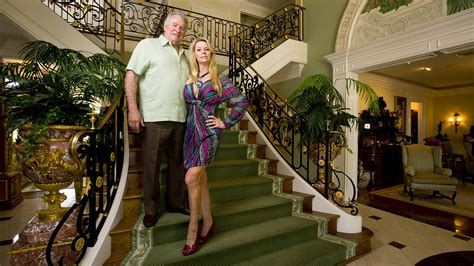 jackie siegel house queen of versailles star to host yard sale for less