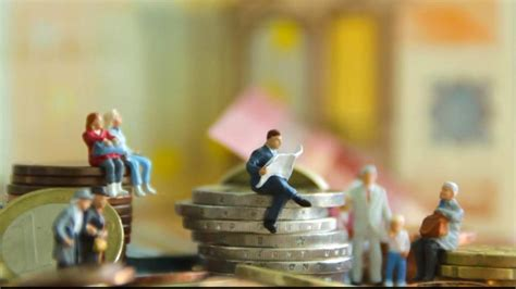 bank hat zuviel geld überwiesen sparkasse wer zu viel geld auf dem konto hat muss bald