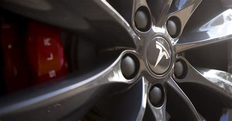 Tesla High Speed Tesla Adds High Speed Autonomous Driving To Its Bag Of