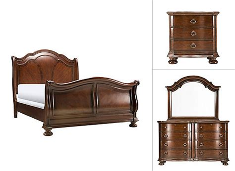 pembrooke  pc queen bedroom set cherry raymour flanigan