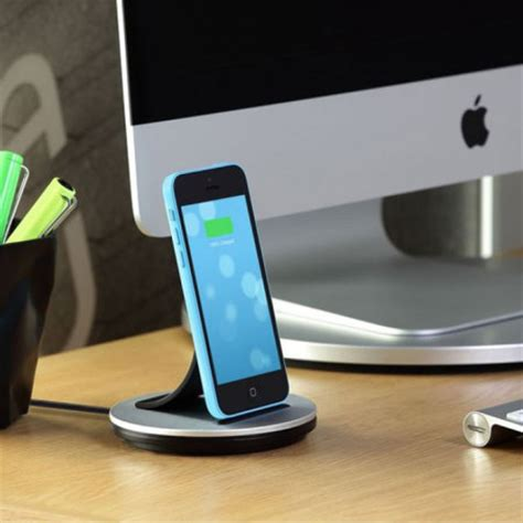 Lightning Dock Charging Iphone 5g5s5c66s6plusipodipad Mini just mobile alubolt iphone and mini lightning sync charge dock mobilezap australia