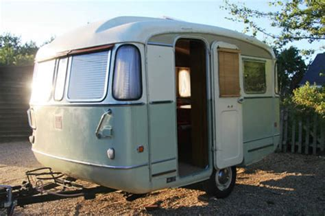 the thrift collection vintage caravans