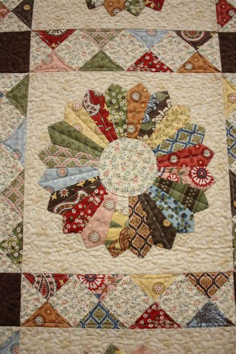 Sashing A Quilt by Dresden Sashing Quilting
