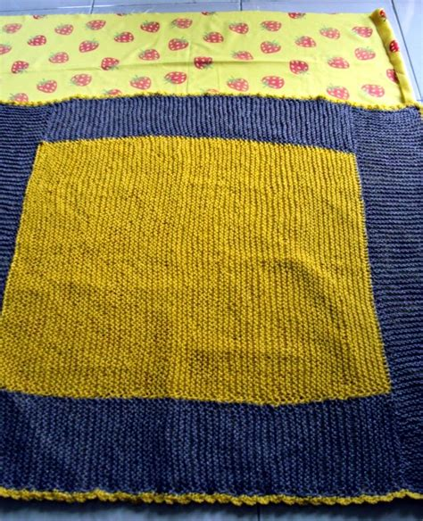 knitting pattern line marker favourite things lining a knit baby blanket