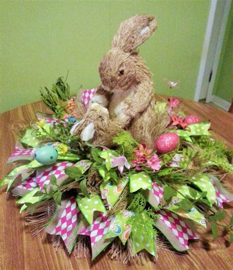 Easter Centerpieces by 17 Ideas About Easter Centerpiece On Diy