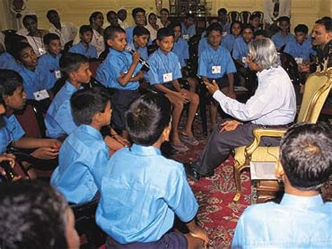 apj abdul kalam biography for students dr a p j abdul kalam dr a p j abdul kalam photos