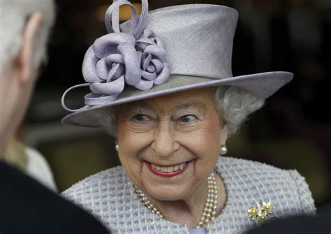 queen elizabeth ii queen elizabeth celebrates 91st birthday business recorder
