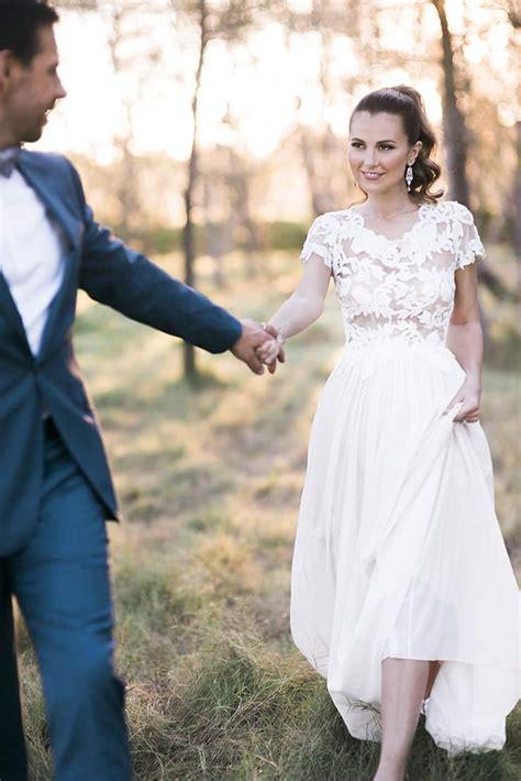 elegant wedding day    modern bride