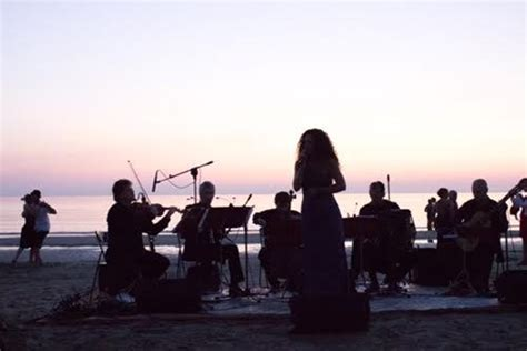 web riccione bagno 108 riccione musiche dal mare alba di ferragosto con il trio