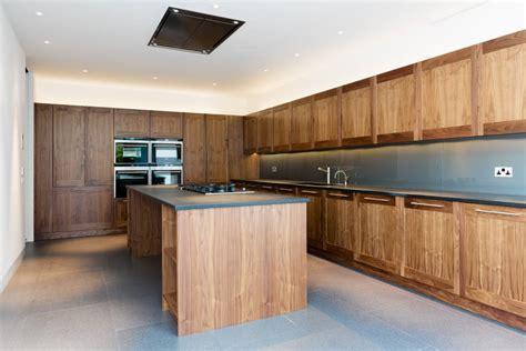 moderne einbauküchen wohnzimmer gardinen design