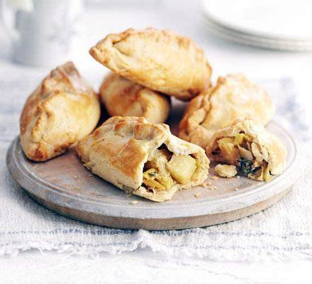 Handmade Cornish Pasties - leek cheese potato pasties recipe pastries