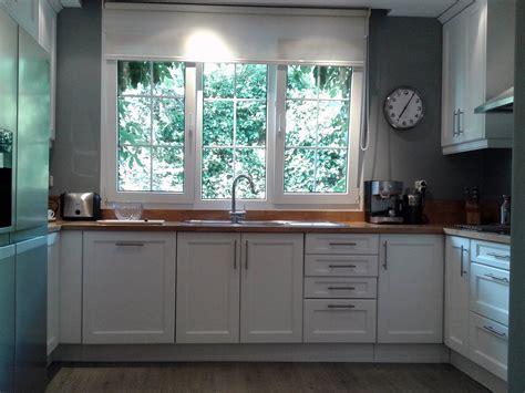 191 se puede cambiar el alicatado tocar los muebles gallery of c mo pintar muebles y azulejos de cocina