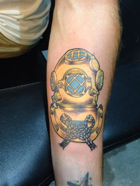 dive helmet tattoo