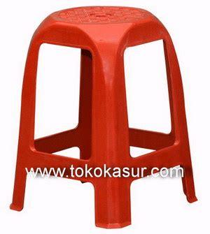 Kursi Bakso Plastik Napolly Big 304 Merah Hijau kursi plastik kursi bakso kursi hello