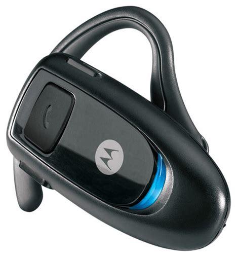 Headset Bluetooth Motorola gadget gal s daily deals motorola bluetooth headset panasonic hdtv ipod nano zdnet